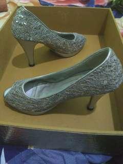 Heel silver