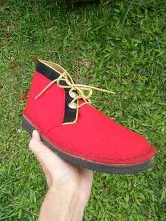 SALE! Clarks Desert Boots Hainsworth
