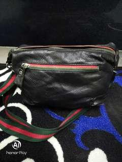 Gucci lookalike Leather sling bag