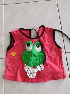 Red froggy top
