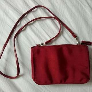 🚚 BN maroon red sling bag