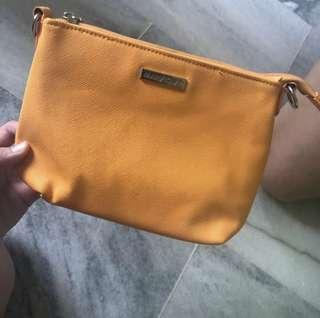 marykay sling beg