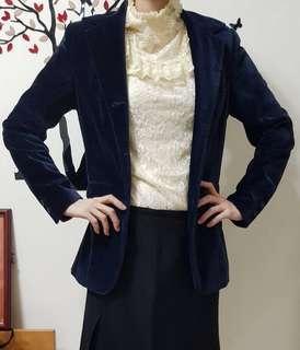 專櫃STEFANEL 絨布西裝版型外套 ,外套 ,較長版,搭褲子很好看喔。#出清2019