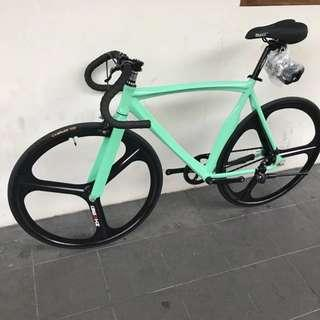 Tri-spoke Fixie, Green, Clearance Price!!!