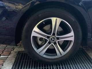 """Brand new 17"""" Mercedes E class original rim with tyres!!"""