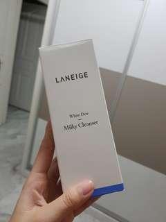 🚚 Laneige Milky Foam cleanser