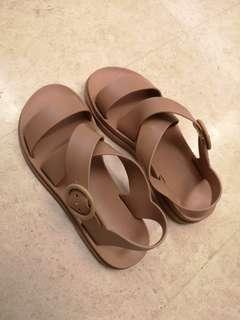 Pretty Dusty Pink Jelly Sandals