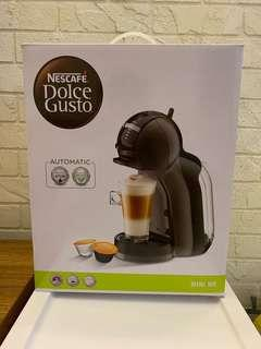 NESCAFE® DOLCE GUSTO Mini Me Automatic Coffee System
