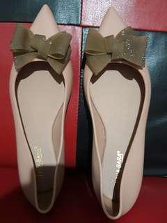 Flatshoes Wanita Pita Jelly