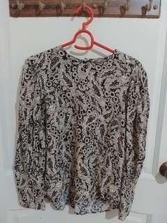 🚚 Zara Floral Shirt #EndgameYourExcess