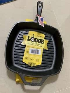 """USA 🇺🇸 lodge cast iron square 10.5"""" grill skillet pan"""