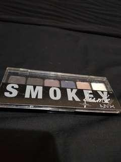 NYX Smokey Lume Eyeshadow