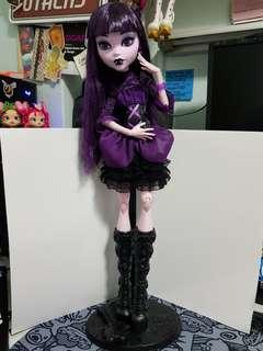 elissabat doll