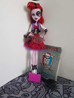 operetta picture day doll