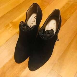 Unisa 黑色三吋高踭鞋