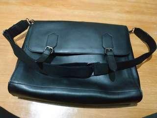 Tas selempang /sling bag TX the executivE