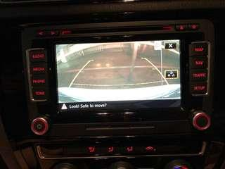 VW (Original) Music Entertainment Head Unit with Reverse Camera and bluetooth