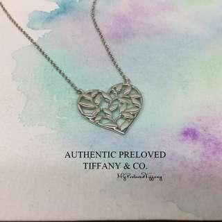 3e2235a04 Excellent Authentic Tiffany & Co Paloma Picasso Olive Leaf Heart Silver  Necklace 50% off Retail
