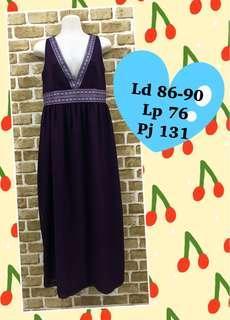 Long dress ungu