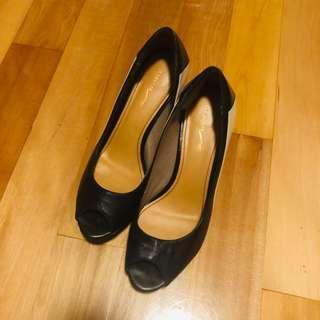 Le Saunda 黑色三吋 open toe platform 高踭鞋