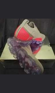 NIKE VAPORMAX MOC 2 MOON PARTICLE SOLAR RED