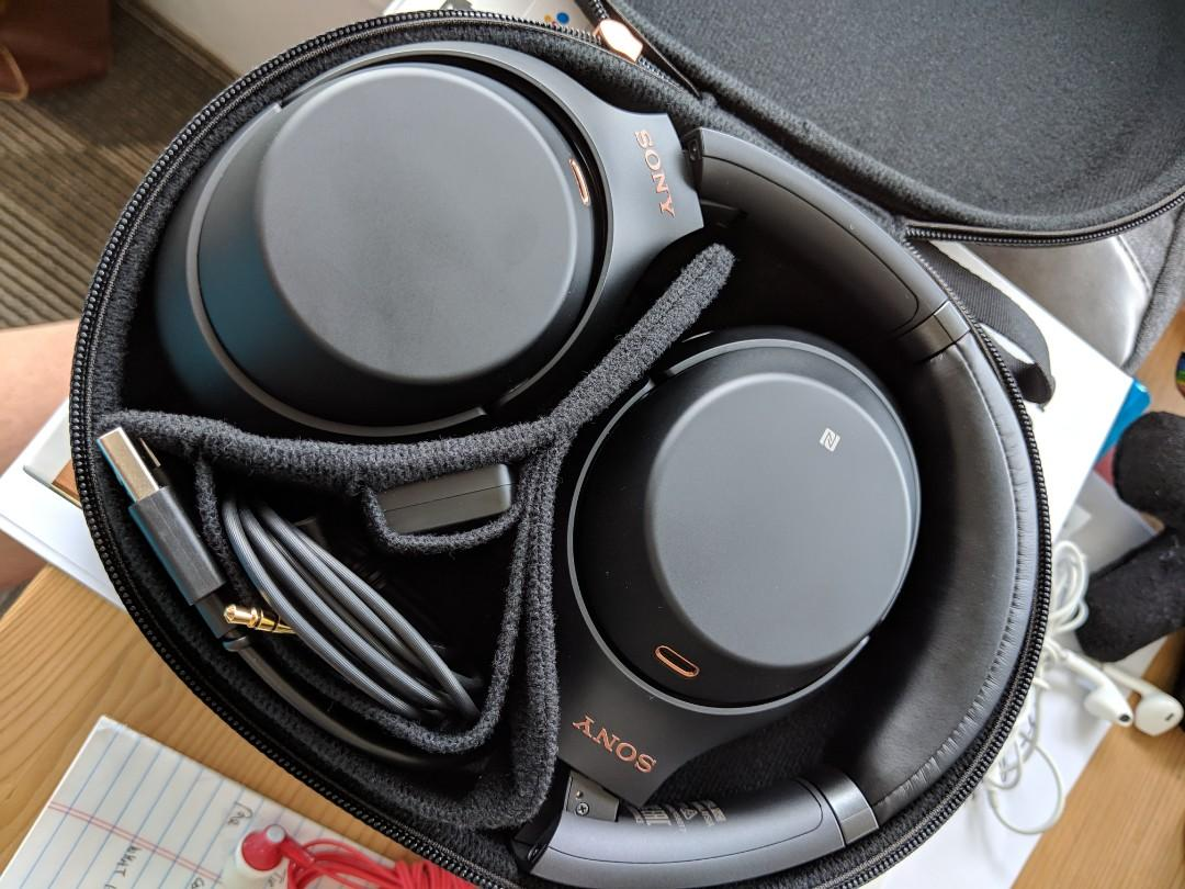 Almost New Sony Noise Canceling Headphones WH-1000xM3