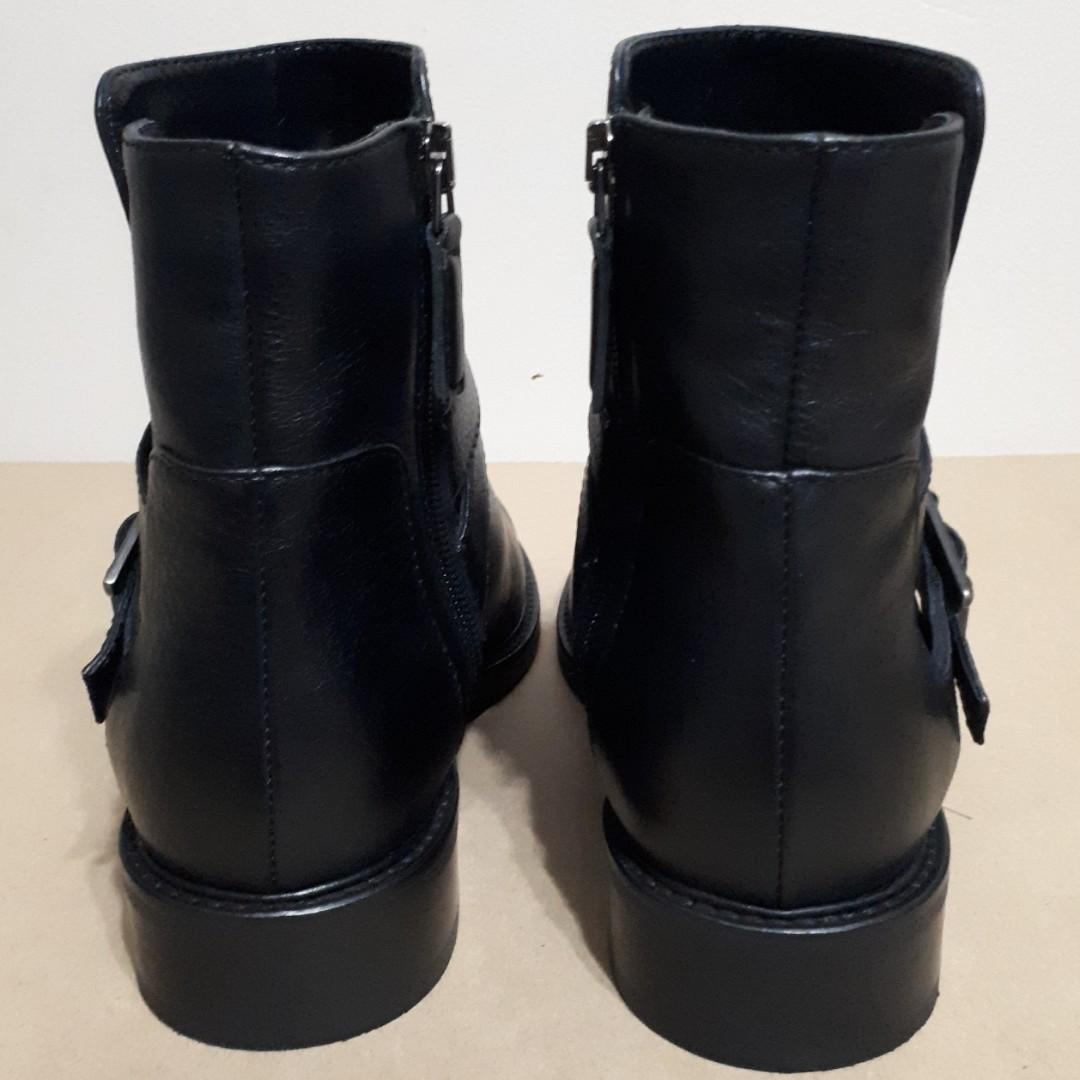 Aquatalia Womens Bree Water Resistant Boots Size 9US