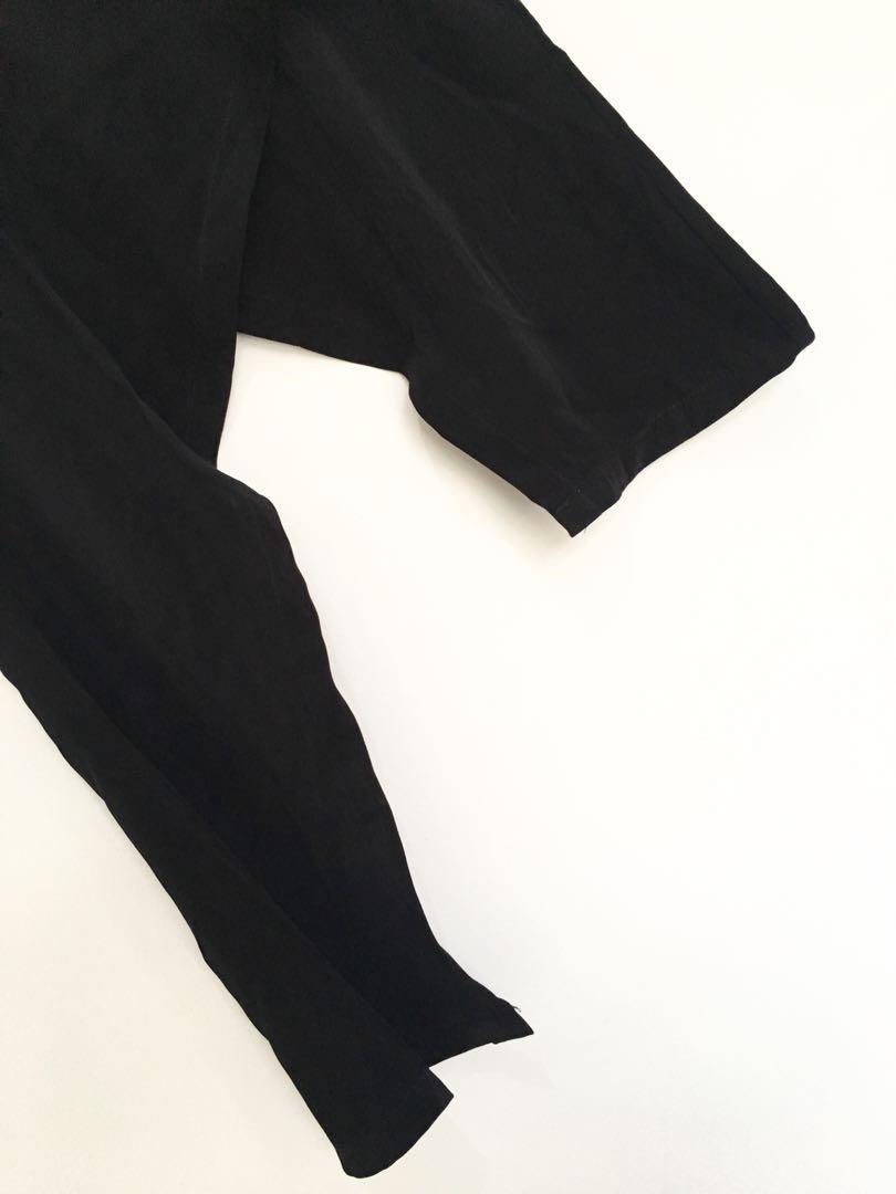 Asymetric black top
