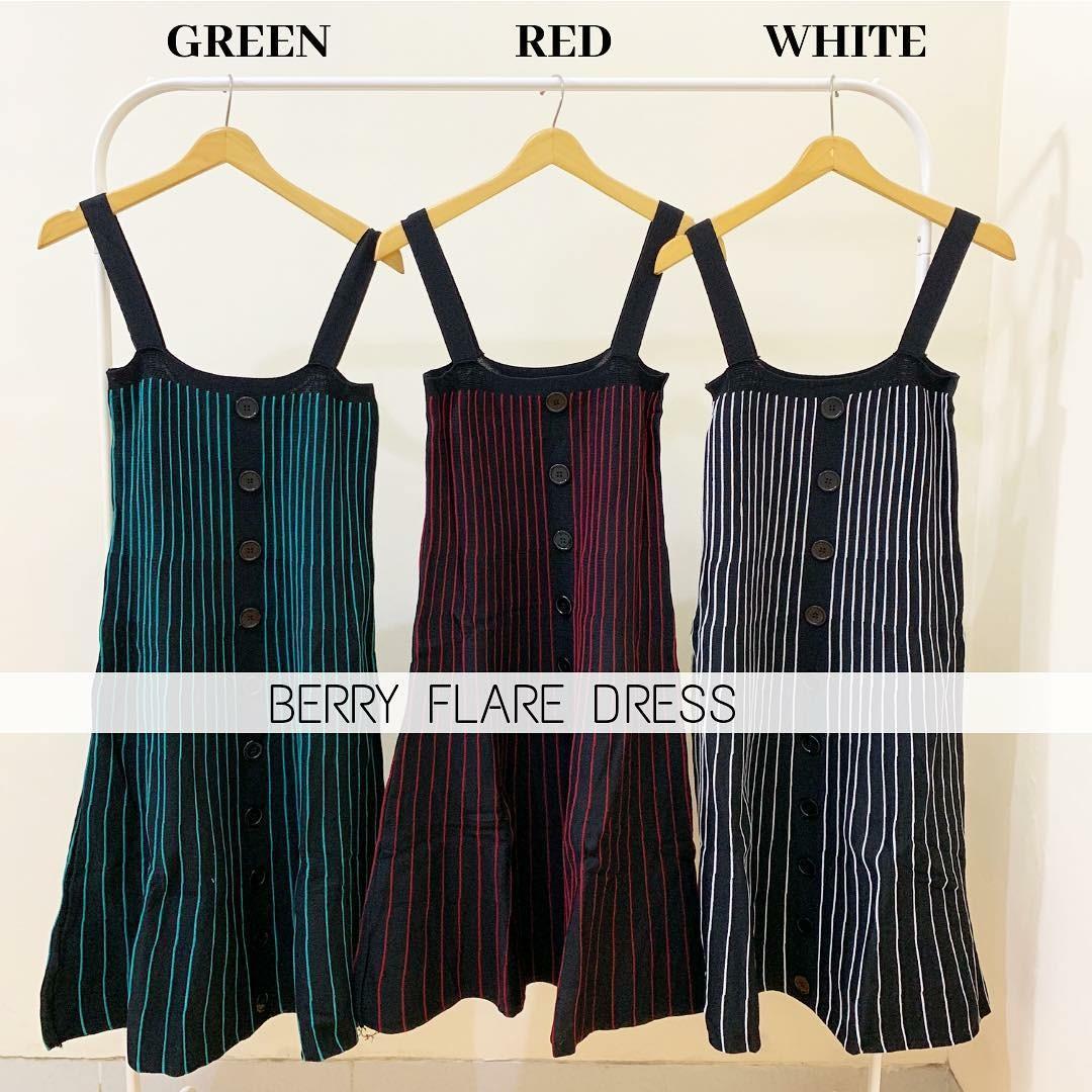 BERRY FLARE DRESS
