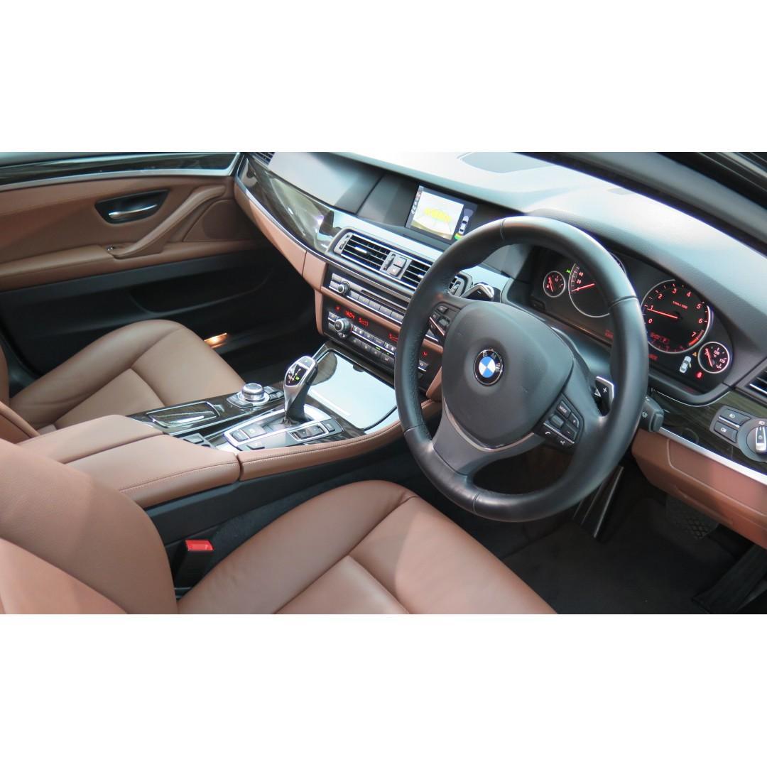 BMW 520iA Executive 2012/13'