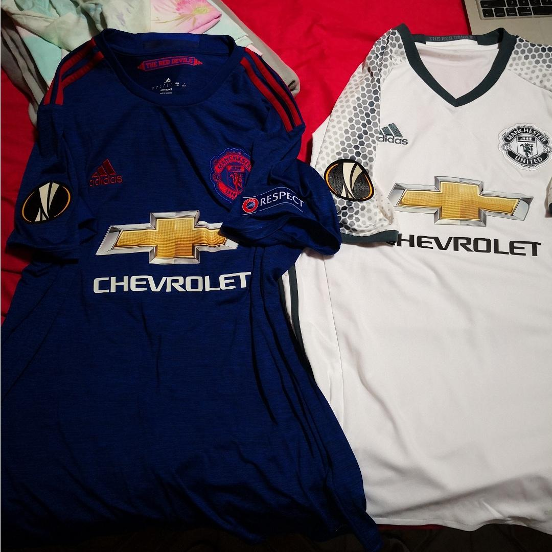 half off cde34 e83d6 Brand new without tags manchester united away & 3rd kit ...