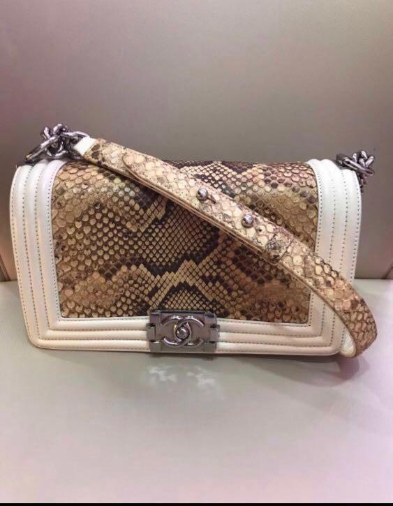88a5e2e9ec04 Chanel Boy Python medium (10 inch), Luxury, Bags & Wallets, Handbags ...