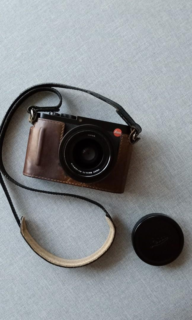 Leica Q, Photography, Cameras, Mirrorless on Carousell