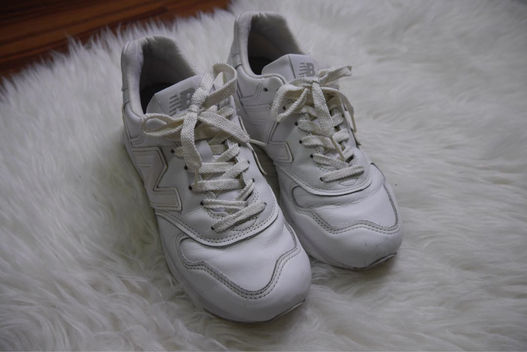 6800ac557f New balance white sneakers (made In USA)