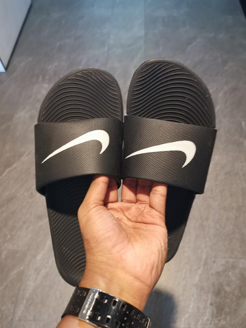 superior quality ab68a 7a215 Nike Kuva Slides, Men's Fashion, Footwear, Slippers ...