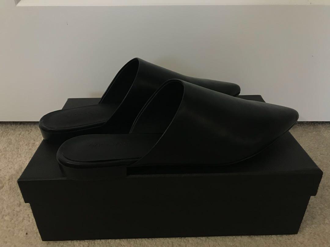 oak + fort black leather mules