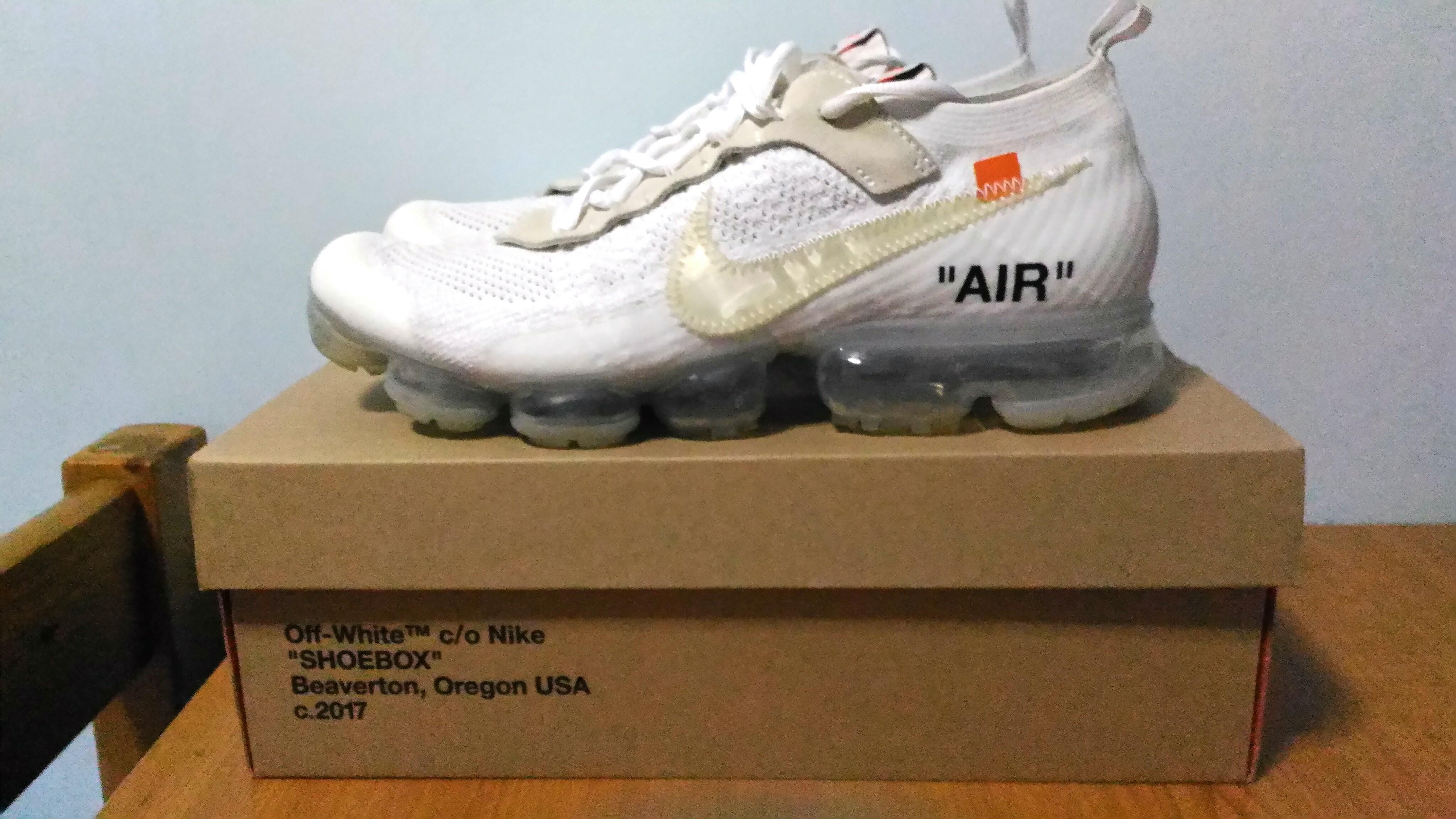 b910534d8c Off White nike vapormax, Men's Fashion, Footwear, Sneakers on Carousell