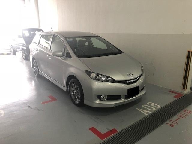 Toyota Wish 2018 immediate rental Grab/Gojek ready!