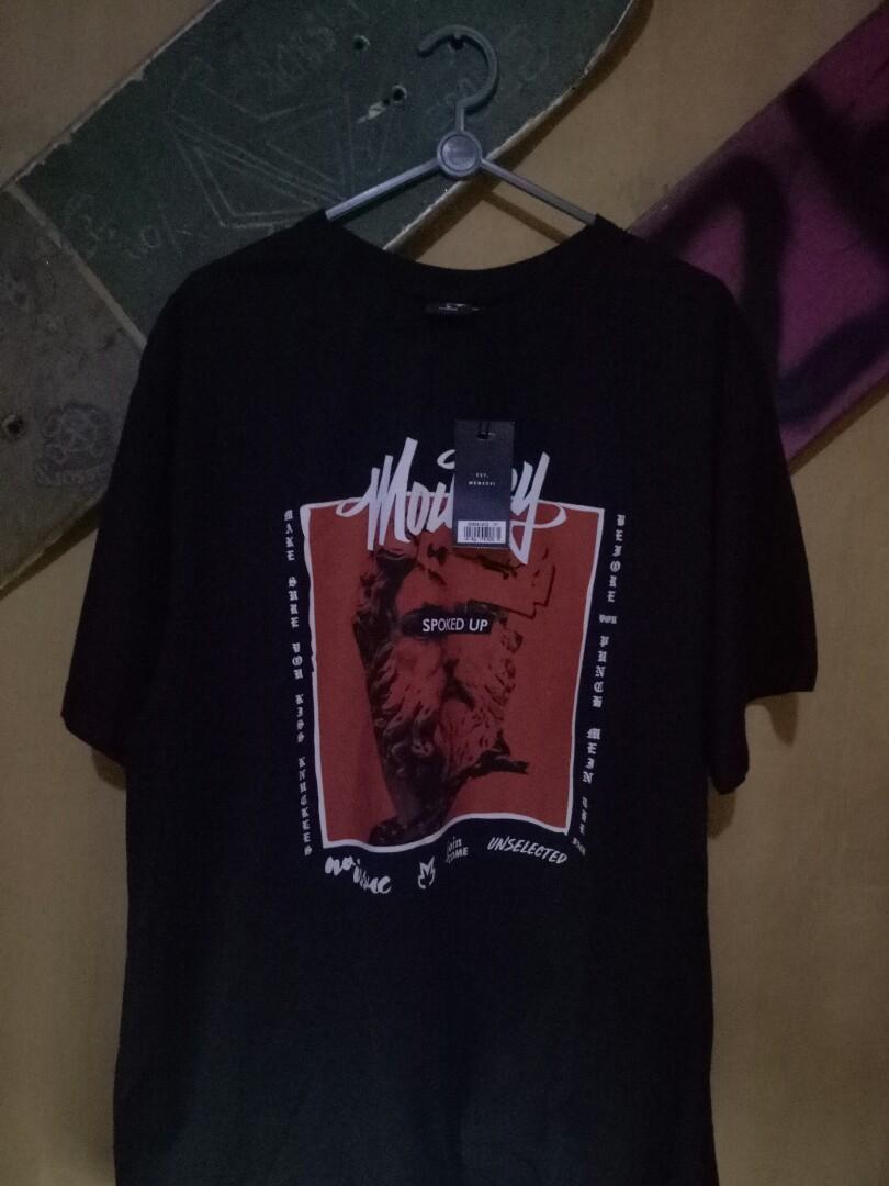Tshirt moutley