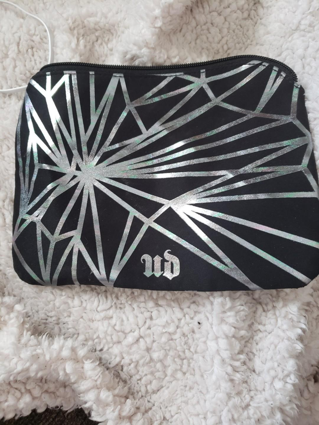 Urban decay vice 4 limited edition palette