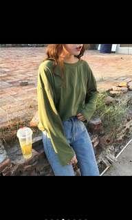 🚚 韓系綠色薄長袖上衣