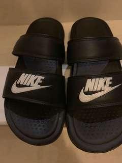 🚚 Nike 拖鞋