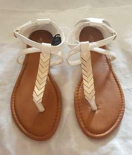 Brand New Sandal Size US 6