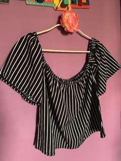 🚚 Stripe Off shoulder top