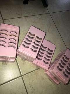 False eyelashes *NEW**