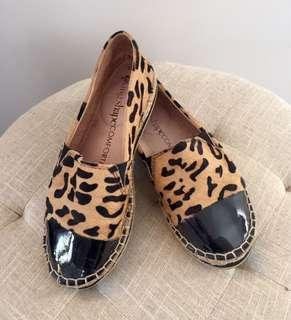Animal print and patent leather espadrilles
