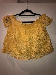 Zara Yellow off shoulder crop 6/8