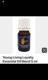 🚚 Young living loyalty essential oil comes with pouch