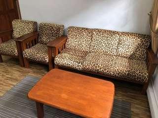 🚚 Wooden sofa set