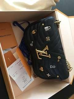 Louis Vuitton New Wave Chain MM Love Lock bag Limited Edition